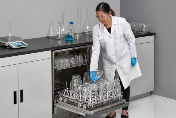 Лабораторни миялни машини